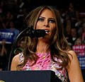 Donald Trump rally in Youngstown (July 2017) 20286898 10159561646530725 1925837548315325716 o (Melania).jpg