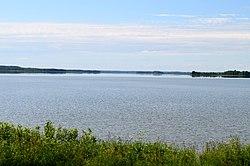 Dysnų ežeras nuo Čižiūnų.JPG
