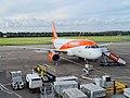 Easyjet A319 at Edinburgh Airport.jpg