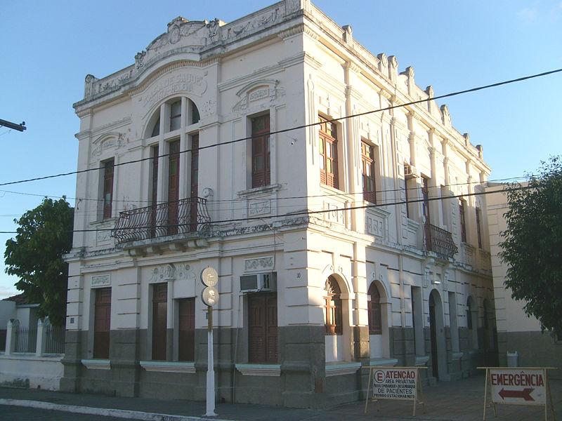 Ficheiro:Edifício Santa Helena - lateral.JPG
