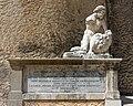 Escalier Créqui - Hercule qui égorge un lion.jpg