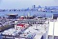 Expo 67, pavillons Haïti, Monaco, Jamaïque, Indiens du Canada, ONU, Place des ingénieurs, Colonne spatiale du sculpteur Gerald Gladstone.jpg