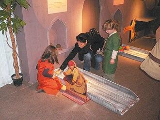 Musée en Herbe - Image: Exposition Bruegel Rue Herold
