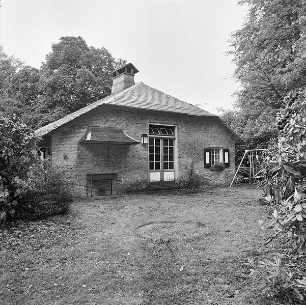 File exterieur engelse huis voorgevel ambt delden 20274458 wikimedia commons - Huis exterieur ...