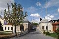 Eyup sultan camii surrounding 2013 4.jpg