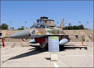 F-16I-Sufa-803-pic01.jpg