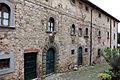Fonterutoli, palazzo con stemma mazzei 01.JPG