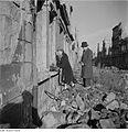 Fotothek df ps 0000124 001 Gedenken am Totensonntag vor einer Ruine.jpg