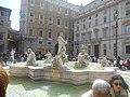 Fountain of Neptune (5986623253).jpg