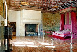France-001599 - Five Queen' Bedroom (15474828181).jpg