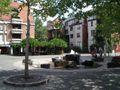 Fuerth loewenplatz brunnen v sw.jpg