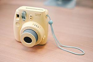 Instax - Fujifilm Instax Mini 8 camera