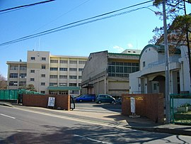 Funabashi-Keimei High School.JPG
