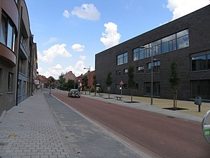 Sint-Katelijne-Waver - Image: Gemeentehuis Sint Katelijne Waver, kijkrichting centrum