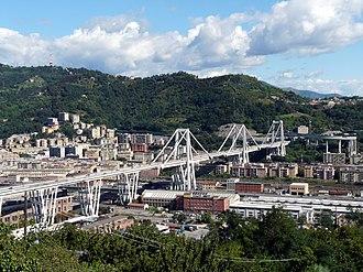 Ponte Morandi - Image: Genova panorama dal santuario di ns incoronata 3