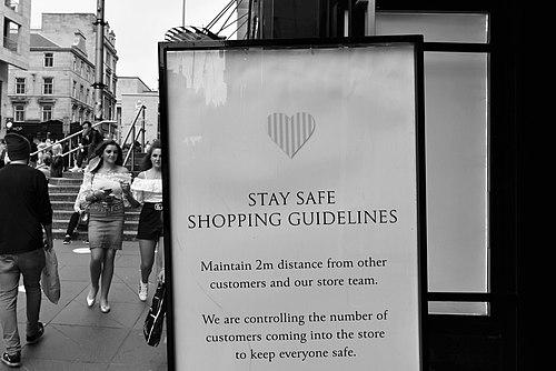 Glasgow. Buchanan Street. 'Safe Shopping'