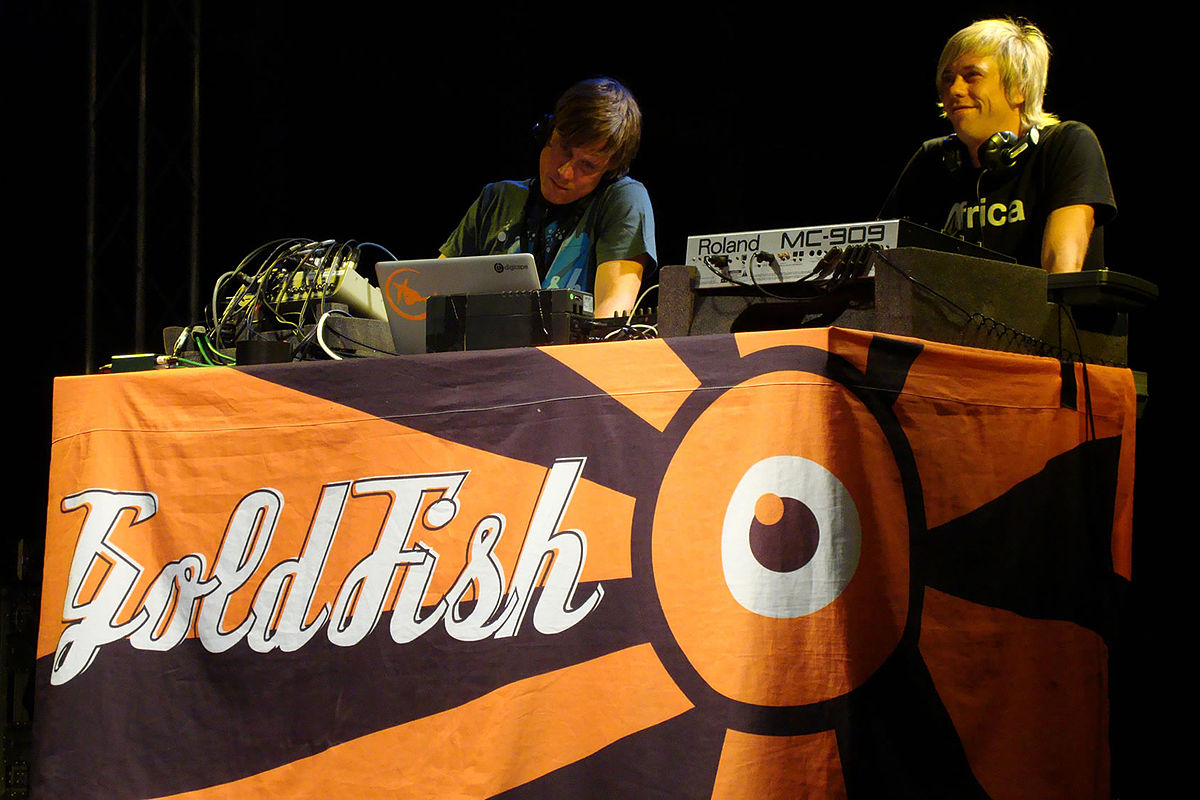 Goldfish (band) - Wikipedia