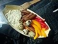 Grøntsager, pølser og vagtelæg med karl johan-remoulade (7608989534).jpg