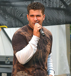 Josh Gracin - Gracin performing in 2006