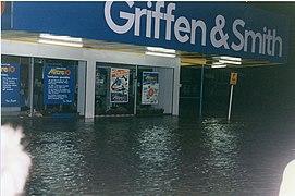Greymouth Floods 1988 3.jpg