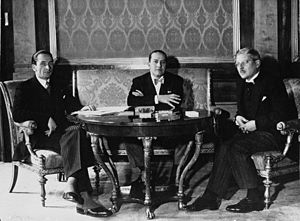 Kurt Schuschnigg - Chancellor Schuschnigg (right) with his state secretary Guido Schmidt and the Italian foreign minister Galeazzo Ciano, 1936