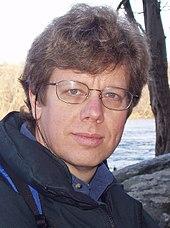 (image: http://upload.wikimedia.org/wikipedia/commons/thumb/c/c6/Guido_van_Rossum.jpg/170px-Guido_van_Rossum.jpg)