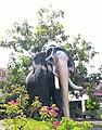 Guruvayur Kesavan Statue.jpg