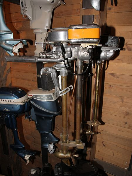 File gyro typ 125 and archimedes typ b 20 outboard motors for A to b motors