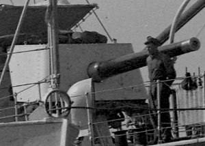 "BL 4.7 inch/45 naval gun - ""A"" gun on destroyer HMAS ''Stuart'', circa. 1930s"