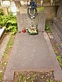 Halina i Zofia Beisert grób.jpg