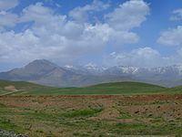 Hamedan landscape (3982153153).jpg