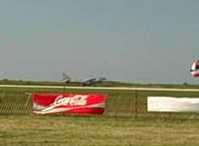 ファイル:Harrier short takeoff.ogv