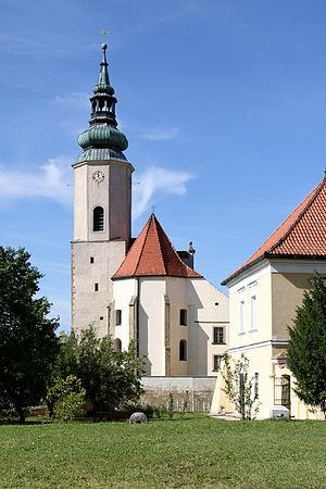Hausleiten_-_Pfarrkirche3.JPG