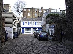 Robert Bamford - Image: Henniker Mews Chelsea geograph.org.uk 1701985