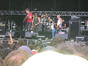 Hermano (band) - Image: Hermano en Festi Mad 2005