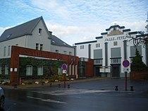 Hersin-Coupigny - Mairie et salle des fêtes.JPG
