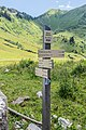 Hiking sign at Nyon Guerin.jpg