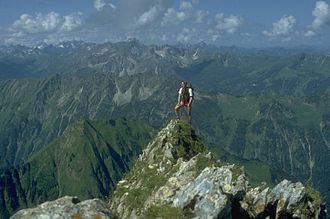Exposure (heights) - A technically simple, but exposed arete on the Höfats in Bavaria, Germany