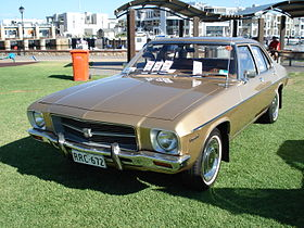 Holden HQ Kingswood Sedan.JPG