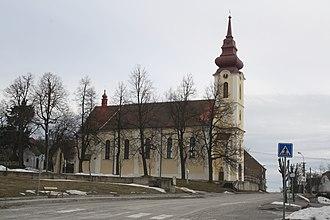 Babice (Třebíč District) - Image: Holy Trinity church and square in Babice, Třebíč District