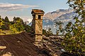 Homene Dessus, Combellin, Valle d'Aosta. Detail van oud huis 05.jpg