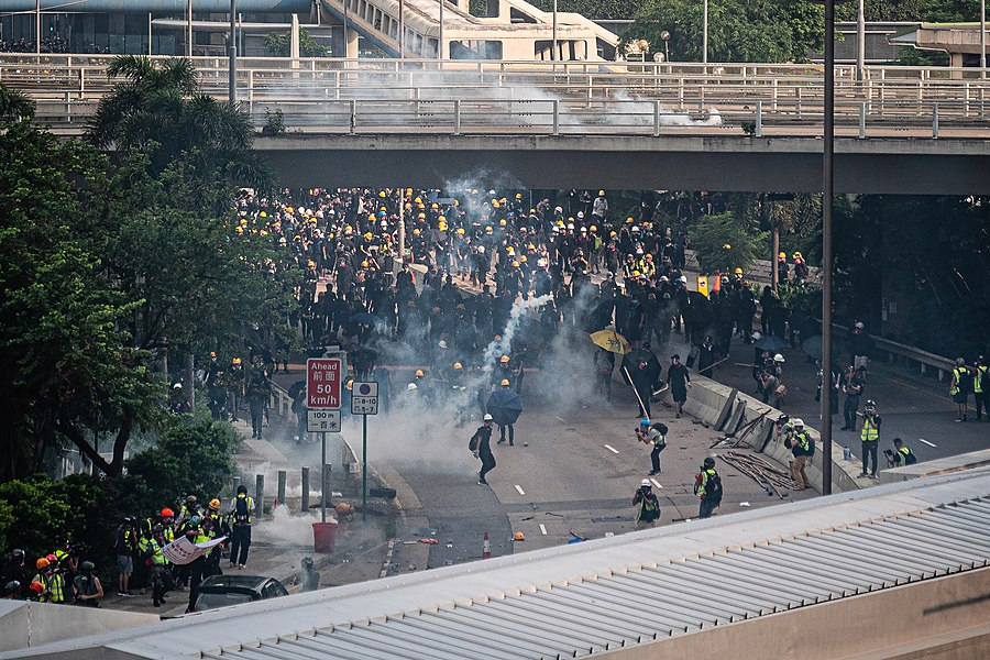 Hong Kong protests - Kwong Tong March 20190824 - P1066406-edit.jpg