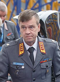Informal meeting of defence ministers (FAC). Arrivals Esa Pulkkinen (36890876876) (cropped).jpg