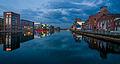 Innenhafen Duisburg Am Abend 2014.jpg
