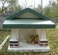 Interesting Grave (429727510).jpg