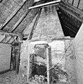 Interieur, kamer met schouw, tijdens restauratie - Oirschot - 20001933 - RCE.jpg