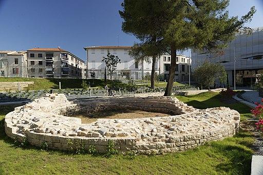 Jardin du Musée de la Romanité (vestige du rempart romain)
