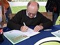 Jaroslav Němeček kreslí Bobíka - P6071196.jpg