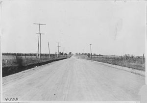 Jefferson Highway - The JH near Leon, Iowa, in 1917