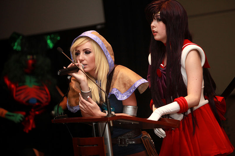 File:Jessica Nigri & Monika Lee (12163834764).jpg